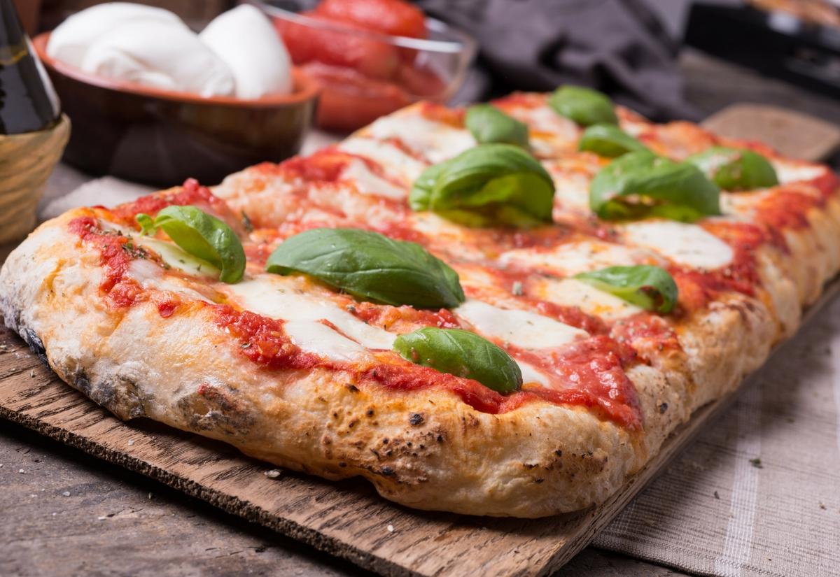 Ricetta Impasto Pizza A Lunga Lievitazione.Pizza In Teglia A Lunga Lievitazione Senza Glutine Nutrifree